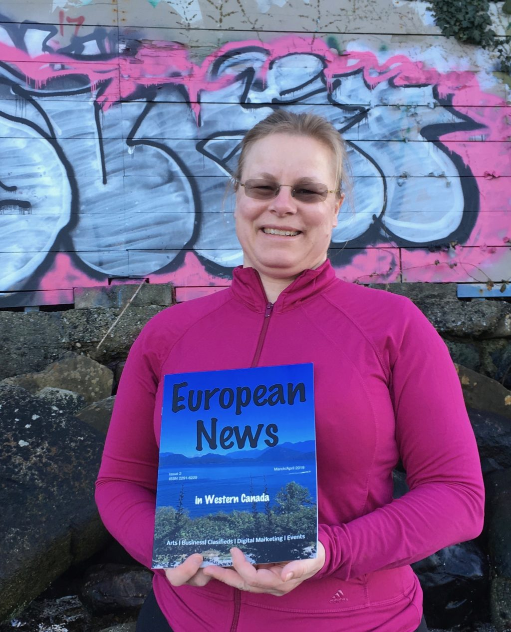 Elke holding European News